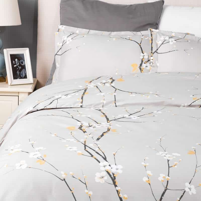 Bedsure Duvet Covers 3 pc set Queen/Full Size Spring Bloom Grey