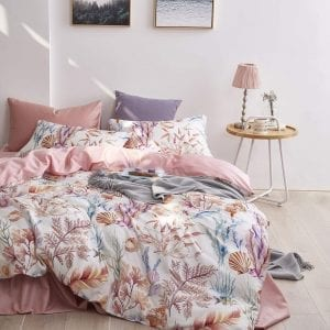 Wake In Cloud - Coral Duvet Cover Set, Sateen Cotton Bedding, Tropical Seaweed Sea Fish Pattern Printed, Reversible with Pink, Zipper Closure (3pcs, King Size)